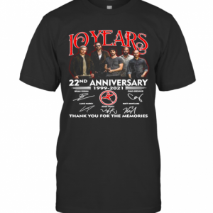 10 Years 22Nd Anniversary 1999 2021 Thank You For The Memories Signatures T-Shirt Classic Men's T-shirt